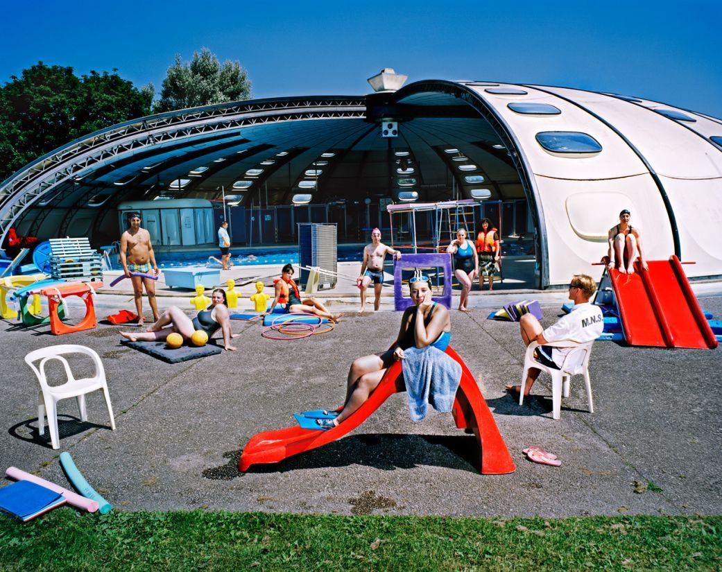 La mythique piscine tournesol photographiée par Aurore Valade.