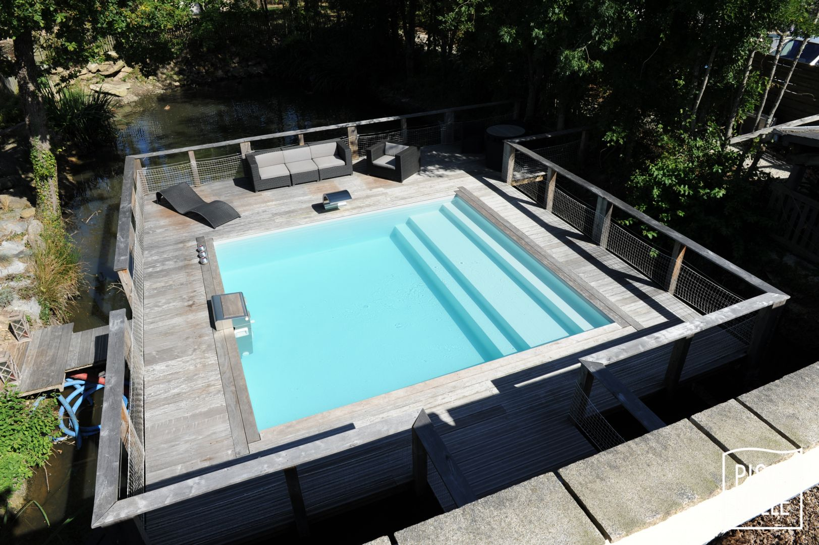 La couleur de l\'eau de ma piscine et les coloris de liner ...