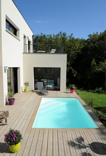 Petite piscine contemporaine