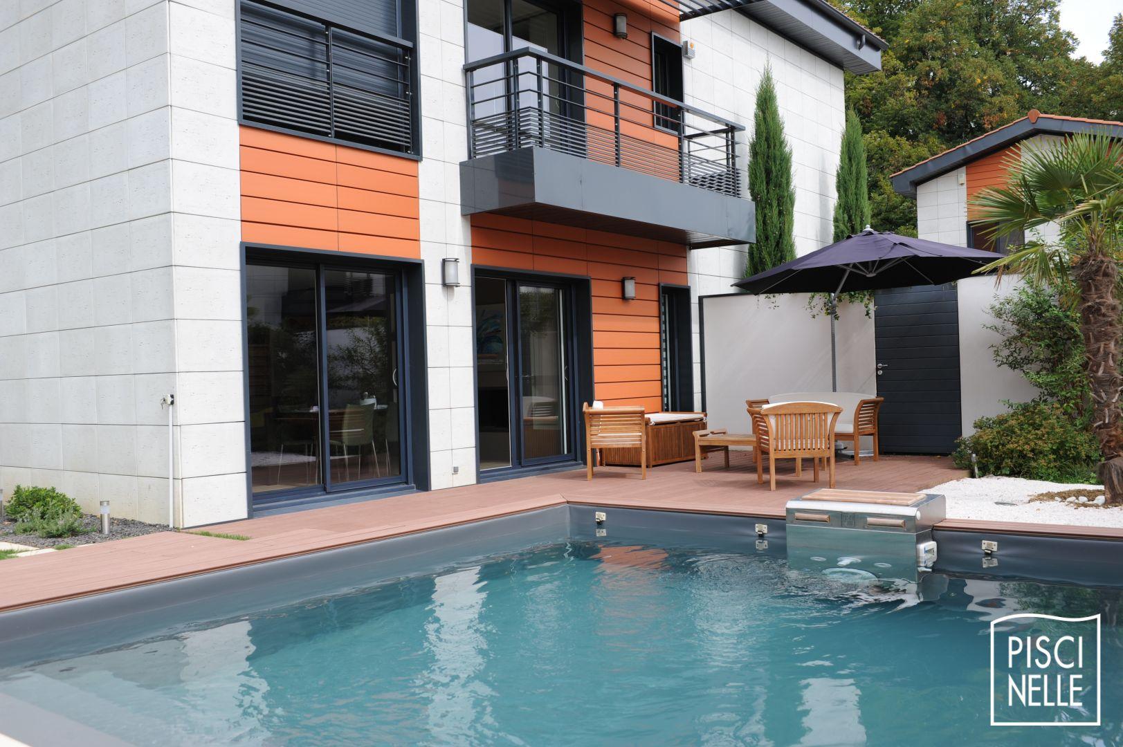 Piscine carre bleu tarif piscine bermudes blanc gris for Carre bleu piscine prix