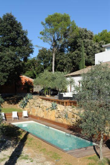 Une piscine de charme en Provence.