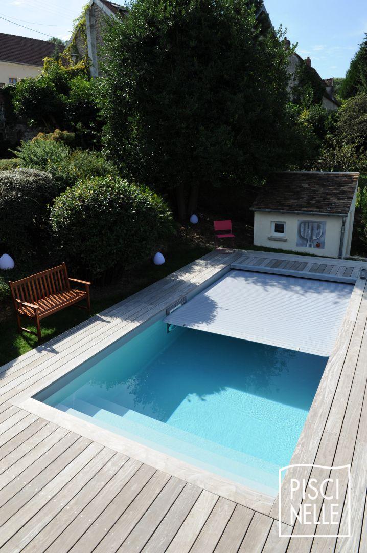 Petite piscine design rectangulaire conviviale for Piscine bois design