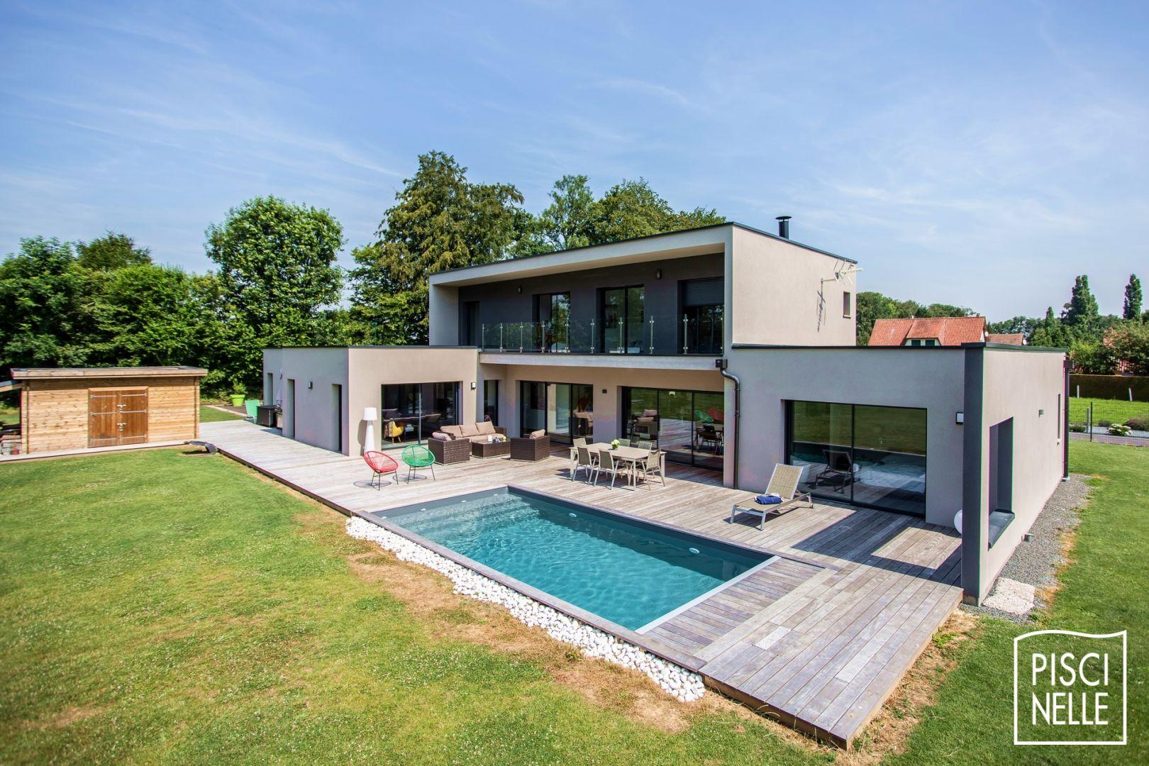 Une piscine contemporaine dans la Brabant Wallon en Belgique ...