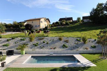 Une piscine située à Belfaux