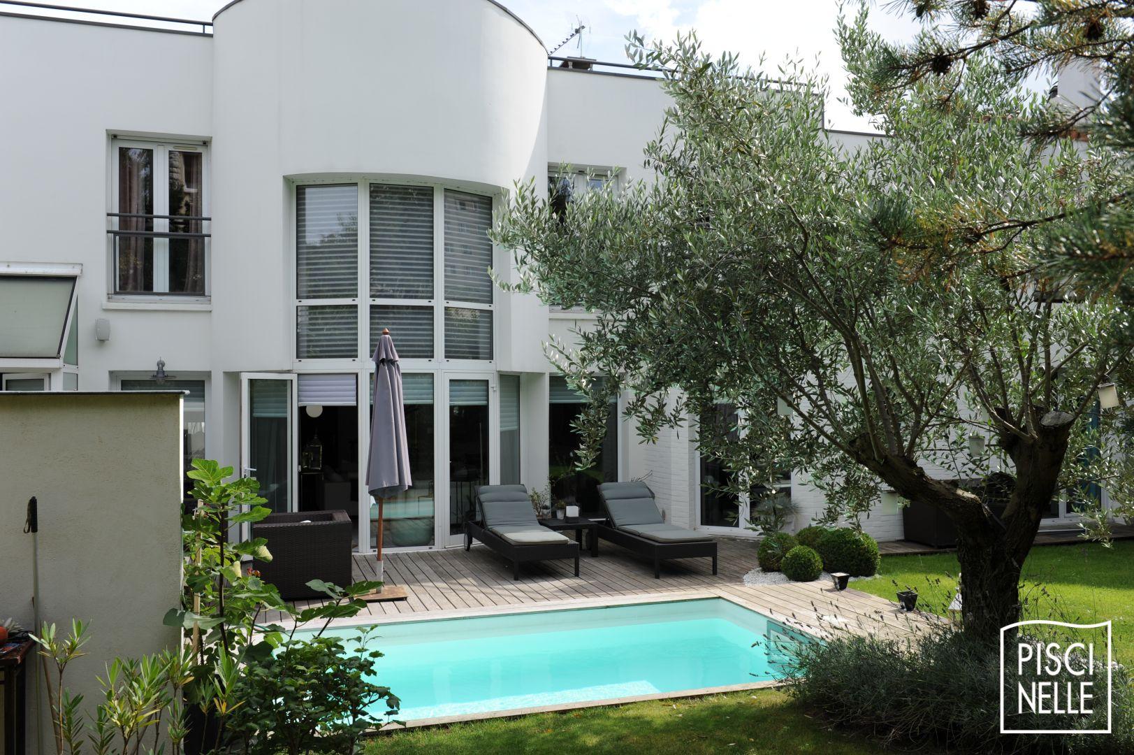 reportage photo petite piscine de centre ville suresnes piscinelle. Black Bedroom Furniture Sets. Home Design Ideas