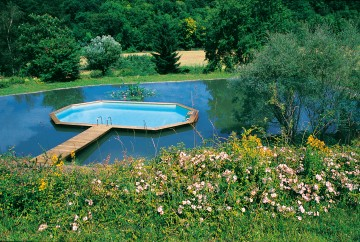 Above-ground pool in a lake