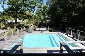 Cette belle piscine Piscinelle sous le soleil nantais !