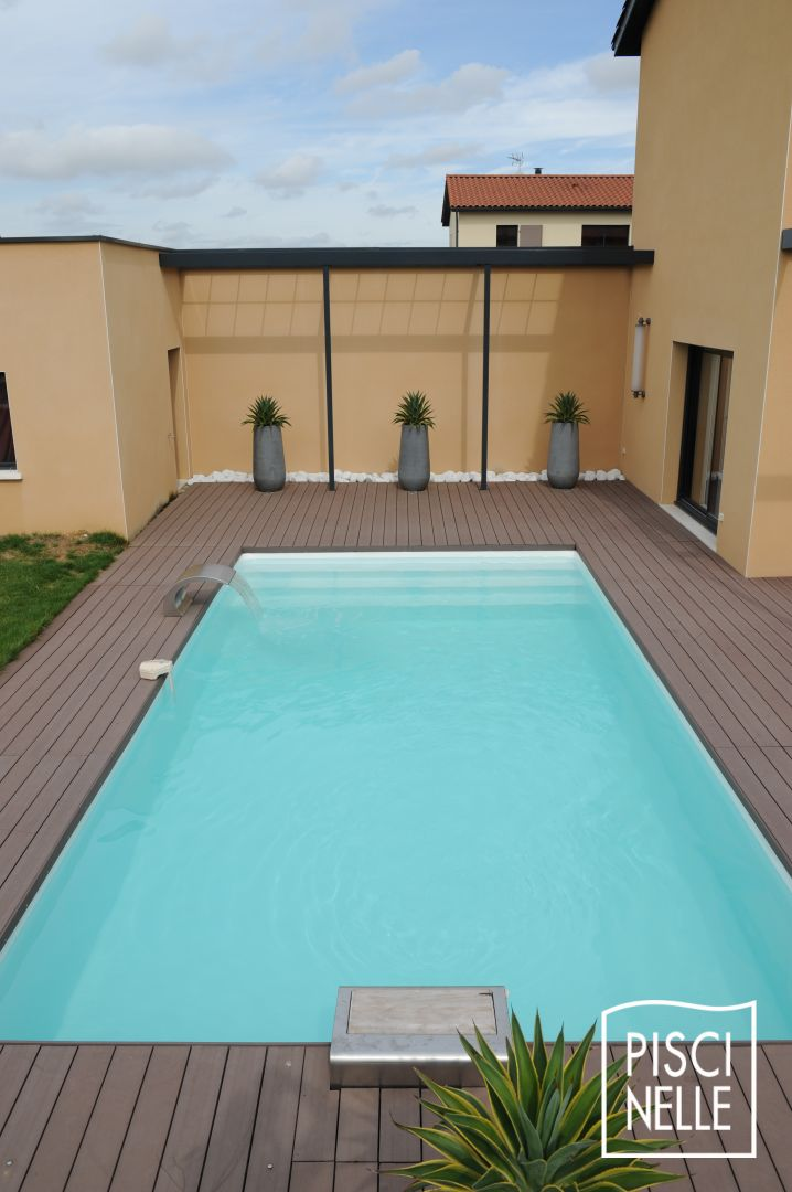 reportage photo piscine rectangulaire en gironde. Black Bedroom Furniture Sets. Home Design Ideas