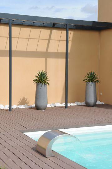 Une lame d'eau, pour une piscine encore plus design