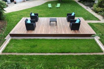 La terrasse coulissante vous permettra de dévoiler comme par magie votre Piscinelle à vos amis !
